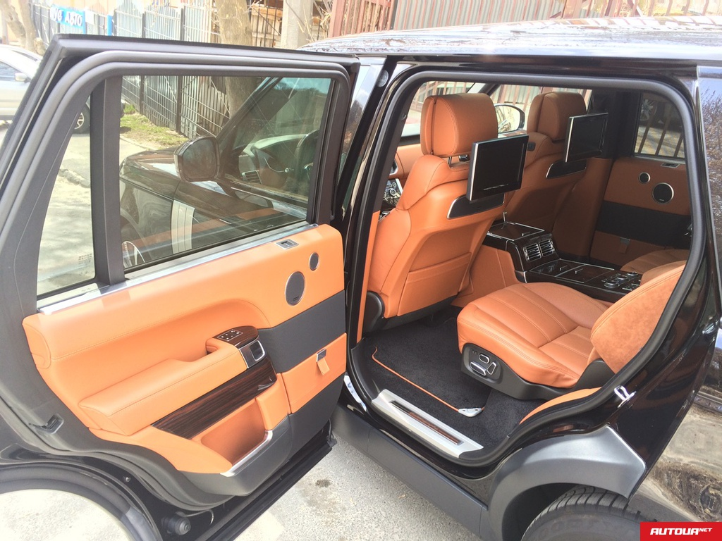 Land Rover Range Rover LONG AUTOBIOGRAPHY 4.4 2015 года за 4 993 816 грн в Киеве
