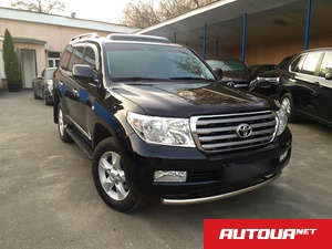 Toyota Land Cruiser 200 5.7