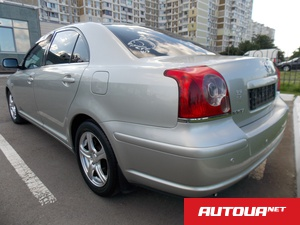 Toyota Avensis 1.8 АТ