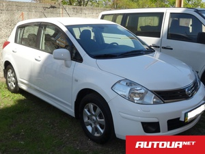 Nissan Tiida 1.6 AT