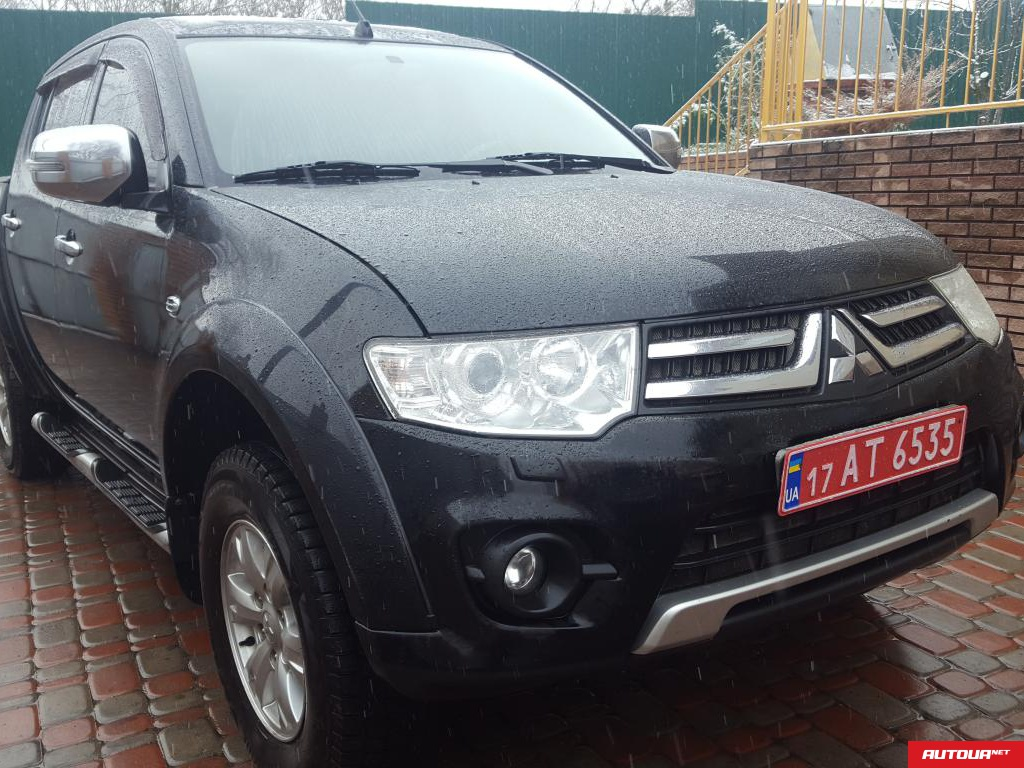 Mitsubishi L 200 TD Intense LONG Restyling   2014 года за 511 647 грн в Киеве
