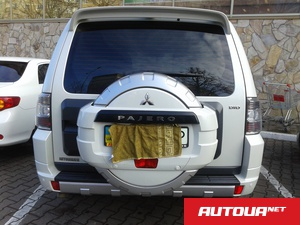 Mitsubishi Pajero 3,2 дизель автомат Super celect Sports Mode  7 мест