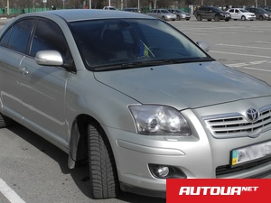 Toyota Avensis 1.8AT (129 л.с.)