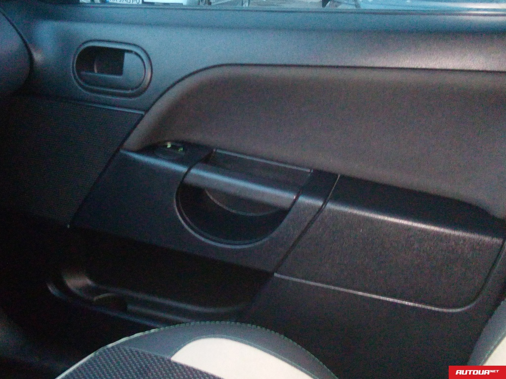 Ford Fiesta 1.25 МТ 2007 года за 130 832 грн в Киеве